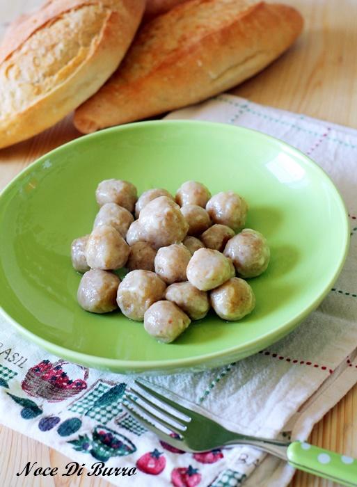 Gnocchi di pane al burro e parmigiano