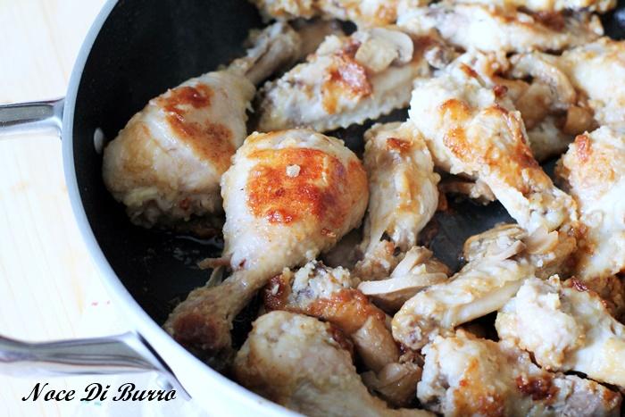 Cosce di pollo scaloppate con i funghi