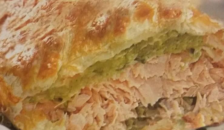 strudel al salmone con crema di asparagi