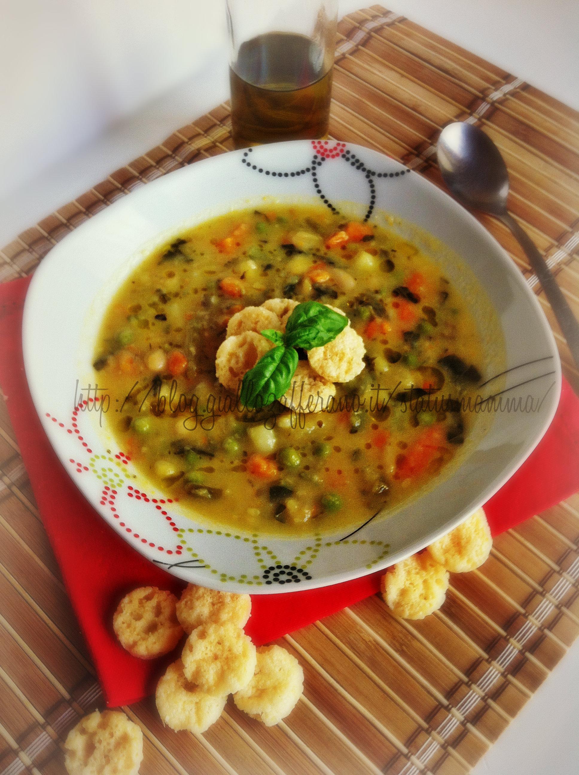 Minestrone estivo leggero con verdure piatto semplice veloce pesto grok statusmamma ricette per cucinare