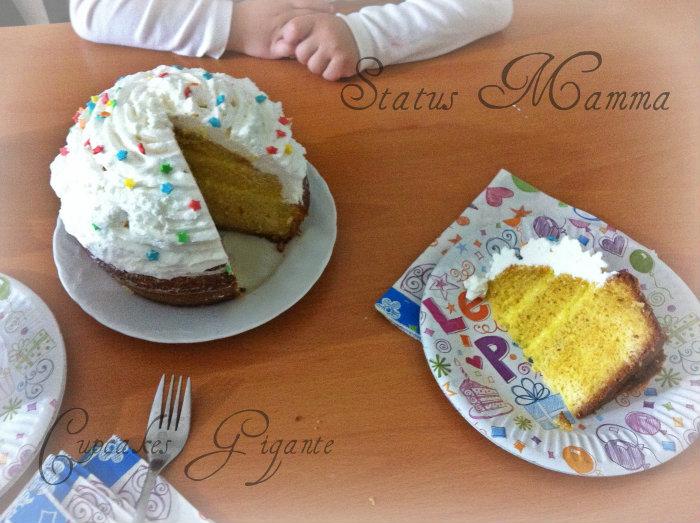 Cupcake gigante idea torta di compleanno facile e veloce