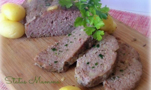 Polpettone di carne ai formaggi con salumi