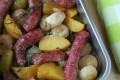 Luganega patate e cipolline novelle in teglia