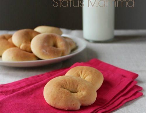 Taralli dolci biscotti ricetta lievitato
