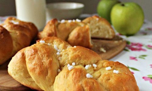 Treccia di Pan Brioche soffice ricetta dolce lievitato