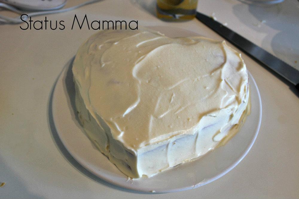 Torta a cuore festa della mamma ricetta Statusmamma dolce cioccolato bianco cioccolato fondente mascarpone Giallozafferano blog blogger blogGz foto