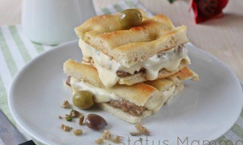 Hamburger di tacchino con pomodorini e olive