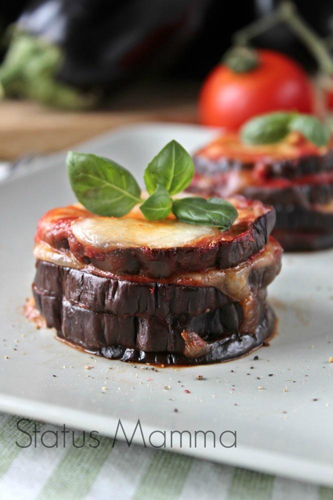 Melanzane pomodoro mozzarella torretta di melanzare ricetta secondo antipasto foto blogGz tutorial blog Giallozafferano Statusmamma vegetariano vegan bambini