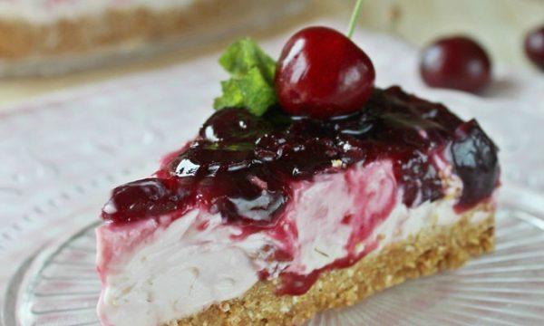 Cheesecake di ciliegie ricotta e yogurt