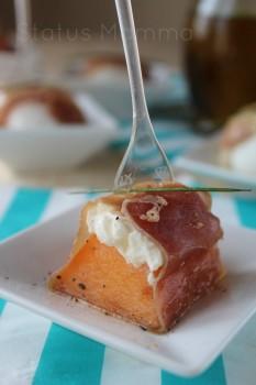 Saltimbocca freddi di melone e mozzarella al prosciutto crudo ricetta cucinare Statusmamma blogGz blog Giallozafferano antipasto stuzzichino foto