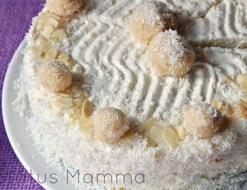 Torta gelato senza gelatiera simil Raffaello facile