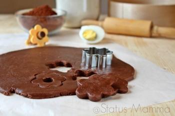 Pasta frolla ovis mollis al cacao ricetta base con uova sode cucinare semplice economico veloce crostata biscotti cioccolato food foodporn Statusmamma blogGz Giallozafferano