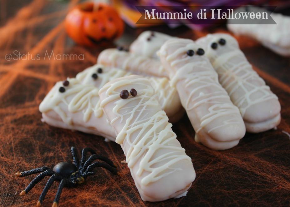mummie di halloween con pavesini ricetta dolci semplice e veloce per buffet  economica Statusmamma Passo passo 9b4868721feb