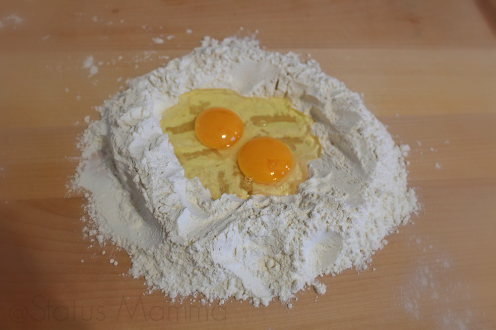 Pasta fatta in casa ricetta base impasto passo passo cucinare ricetta foto blog Giallozafferano tutorial Statusmamma