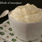 Crema delicata al mascarpone ricetta dolce farce farcia farcitura frosting accompagnamento tiramisu semplice veloce economica Statusmamma blogGz Giallozafferano