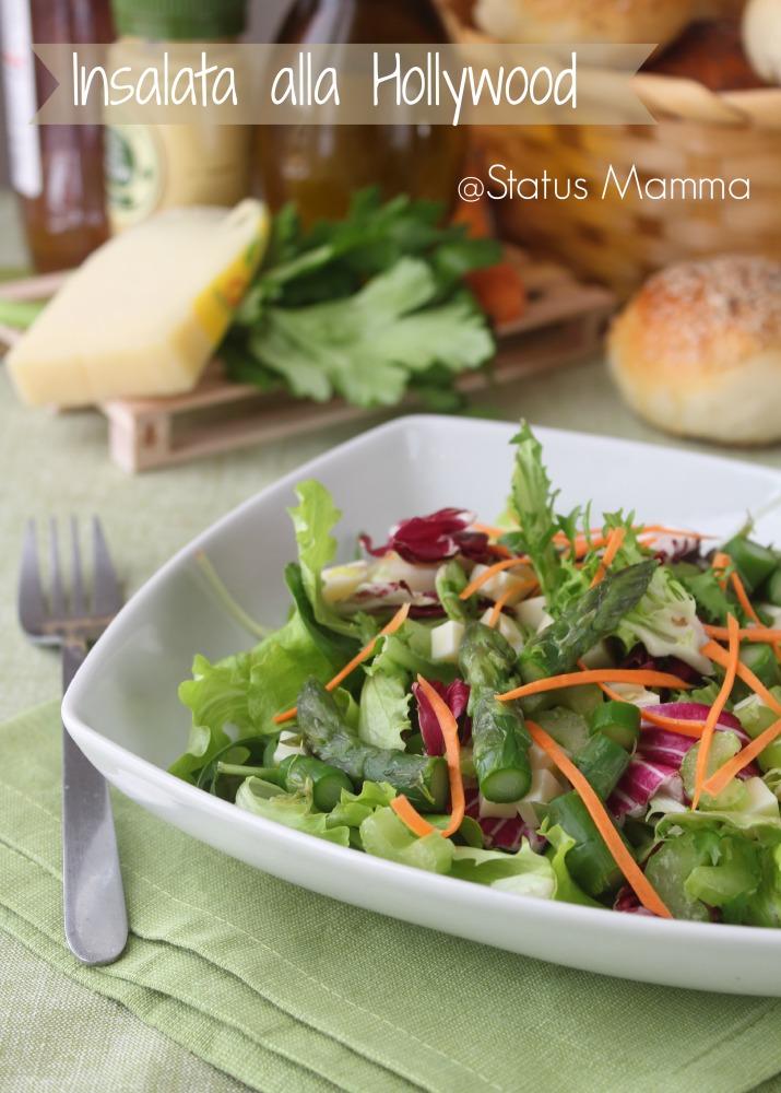 Insalata alla Hollywood ricetta insalata asparagi asiago verdure miste lattuga insalata riccia carote insalata rossa senape olio aceto blogGz Giallozafferano Statusmamma