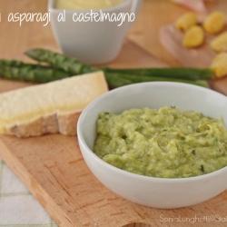 RICETTE CON LE VERDURE DI MAGGIO - Crema di asparagi al castelmagno ricetta condimento per pasta accompagnamento frutta e verdura cucinare Statusmamma blog Gz