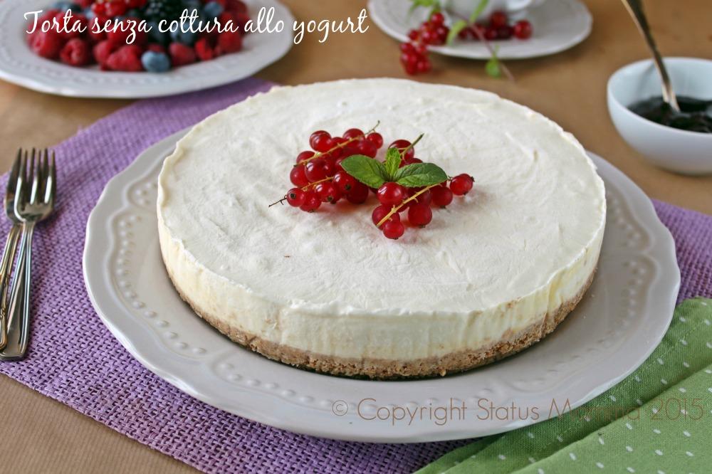 torta cheesecake senza cottura da frigo fredda con biscotti sbriciolati ricetta semplice con yogurt facile veloce Gialloblogs © Copyright Status mamma 2015