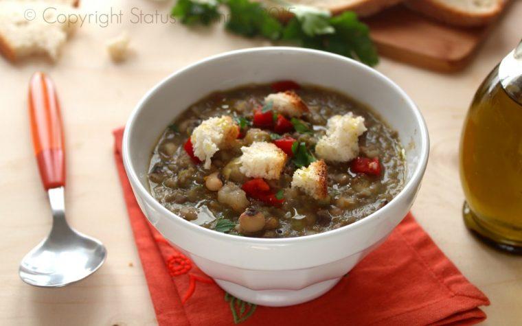 Zuppa di cereali e legumi mista gustosa