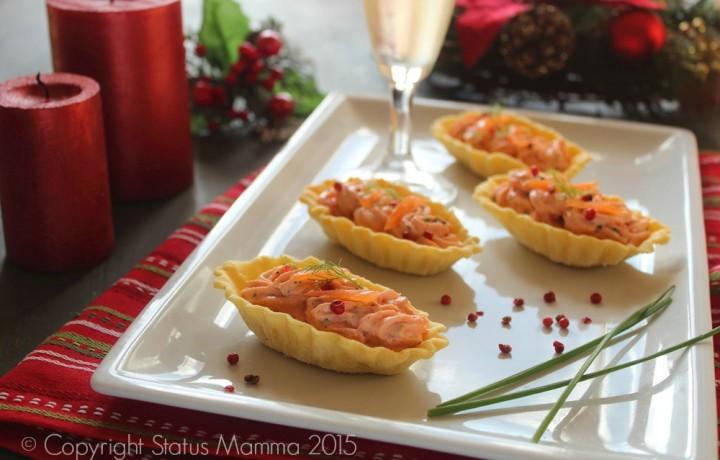 Barchette di pasta brisee con crema al salmone