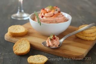 mousse al salmone cremosa facile veloce fingerfood stuzzichino economica antipasto feste natale capodanno Statusmamma Giallozafferano