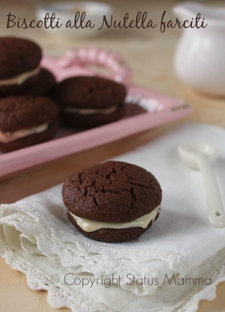 Ricetta facile golosa cookie wopie biscotti americani senza uova ricetta per bambini confortfood Giallozafferano cioccolato Nutella crema fariti