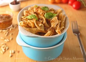 Pasta al pesto di pomodori ricetta semplice facile veloce leggera economica per bambini con pomodori secchi freschi basilico bambini Giallozafferano Statusmamma