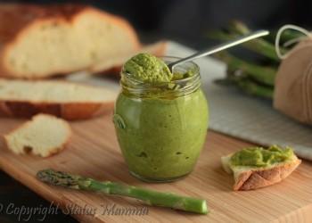 RICETTE CON LE VERDURE DI MAGGIO - pesto di asparagi ricetta semplice veloce stiva facile con verdure vegetariana vegana primo antipasto condimento secondo Statusmamma gialloblog