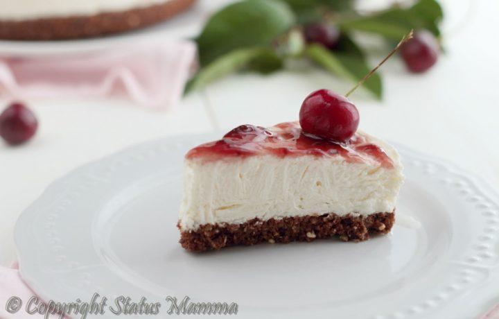 Cheesecake con confettura di ciliegie