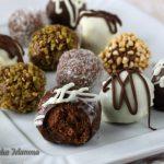 Tartufi di cioccolato misti facili e veloci in 5 modi