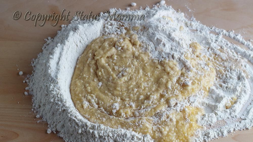 Ricetta graffe napoletane dolce lievitato con uova e patate facile carnevale Statusmamma gialloblogs