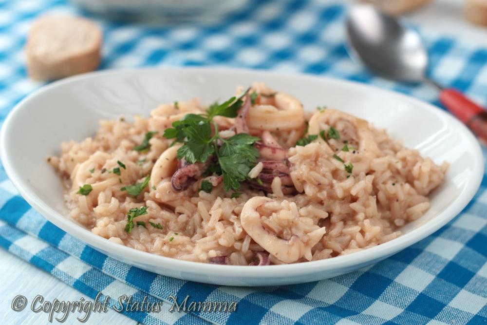 calamari risotto ricetta facile gustosa mare di pesce piatto unico Natale riso facile Giallozafferano gialloblogs Gz Statusmamma foto photo photograpy food
