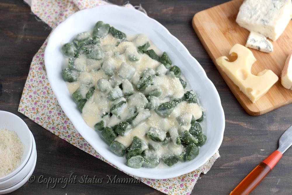 Gnocchi di ricotta e spinaci ai quattro formaggi