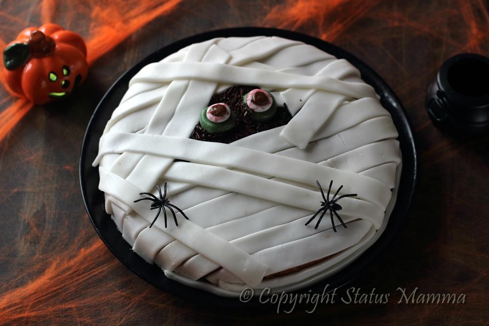 Mummia cake di Halloween torta stregata, ricetta, dolce, torta, festa, torta con la zucca e gocce di cioccolato facile ricetta veloce Statusmamma gialloblogs