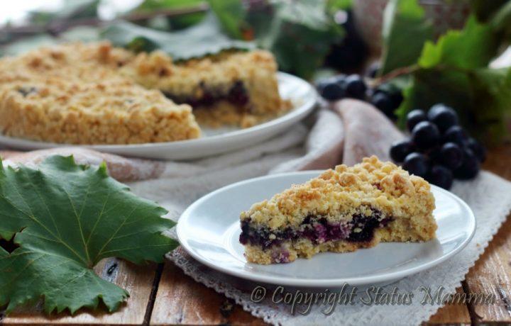 Torta sbrisolona con uva fragola