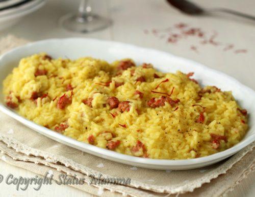 Ricetta risotto con zafferano e salsiccia