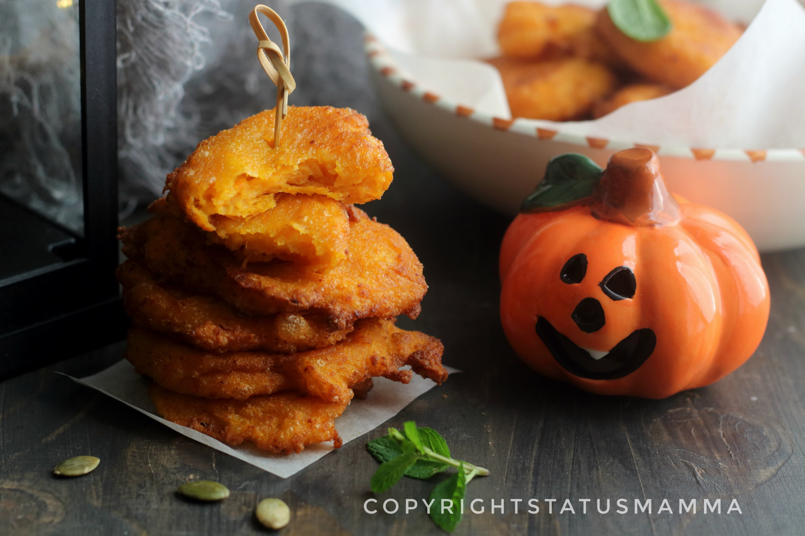 Frittelle di zucca e philadelpia sfiziose ricetta di halloween