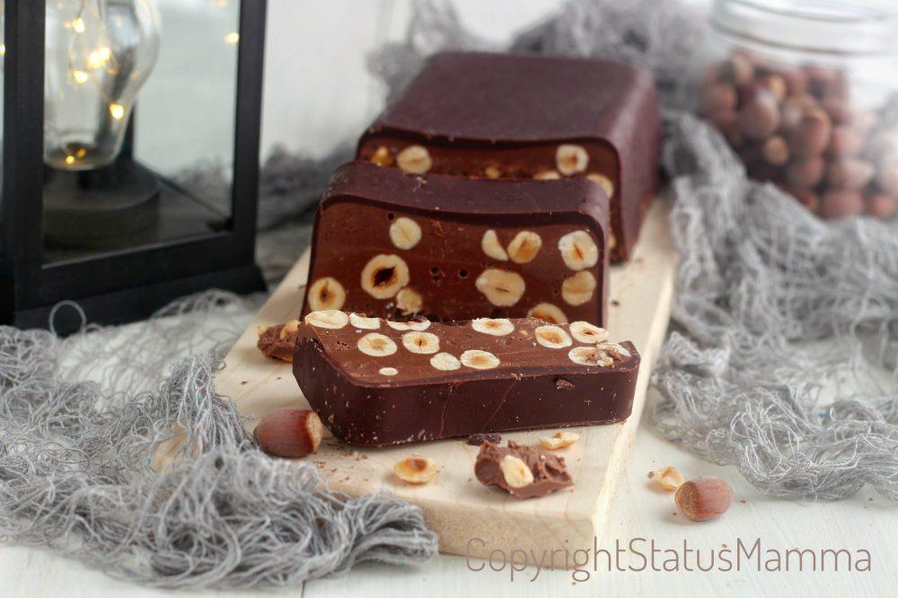 Torrone morbido al cioccolato e nocciole dei morti