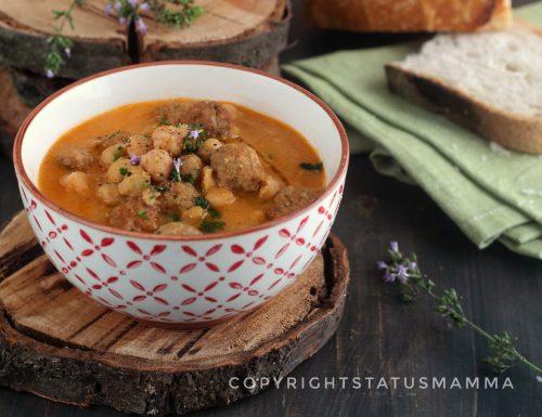 Ricetta zuppa di ceci con polpettine di magro e salsiccia