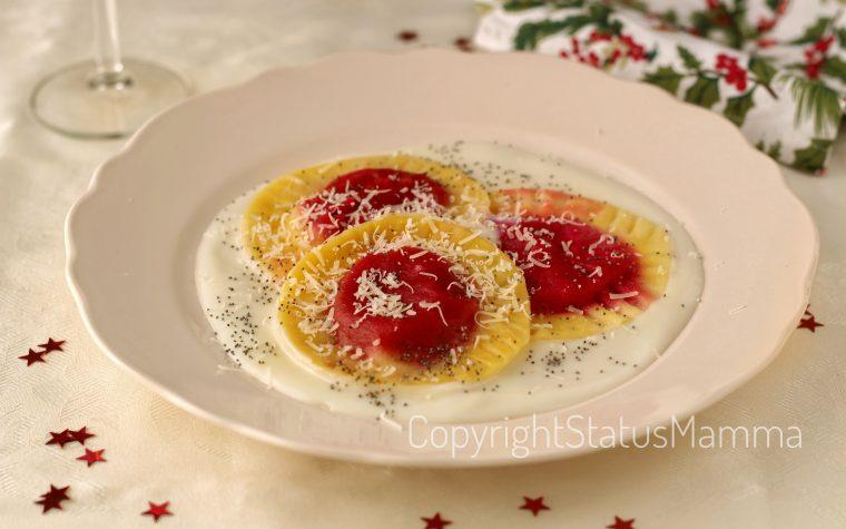 Ravioli ripieni di barbabietola e patate su salsa al brie