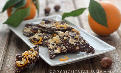 Rombi al cioccolato nocciole e arancia dolcetto sfizioso senza cottura