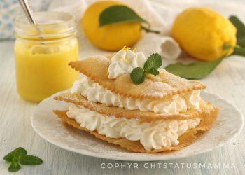 Millefoglie di chiacchiere cremosa al limone