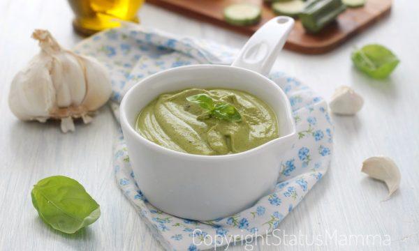 Pesto di zucchine cotto con e senza bimby facile e gustoso