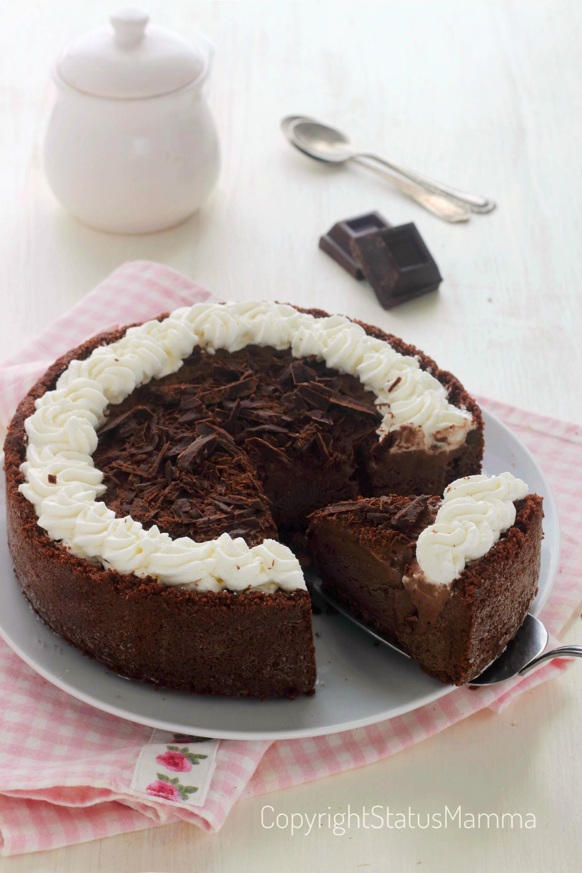 Ricetta torta gelato al cioccolato del Mississipi furbissima con e senza bimby facile con e senza bimby ispirata alla golosa e mitica Mississippi Mud Pie.