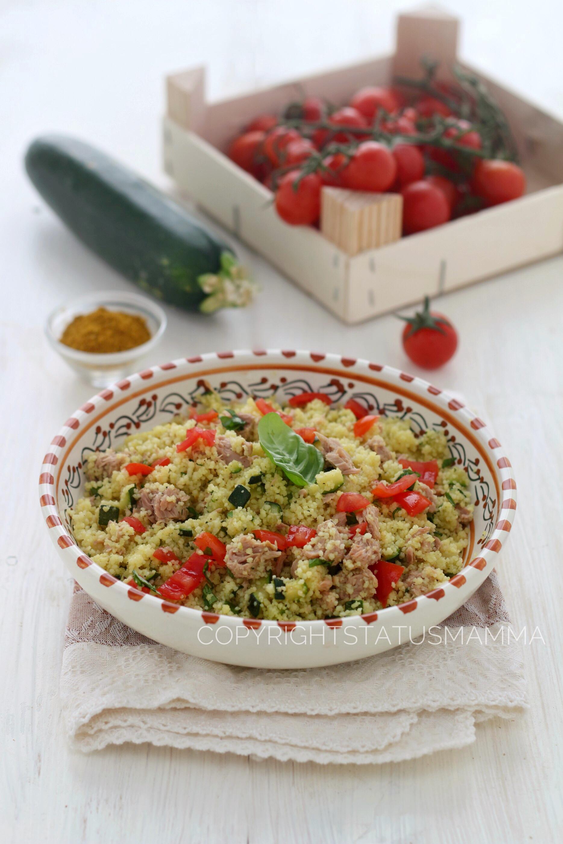 Cous cous tonno zucchine e pomodorini al curry leggero e gustoso