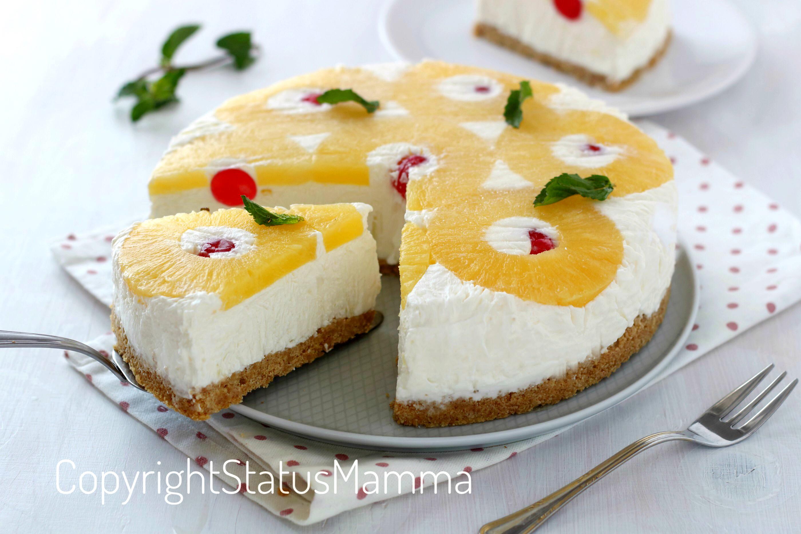 Torta fredda rovesciata allo yogurt e ananas fresca e golosa