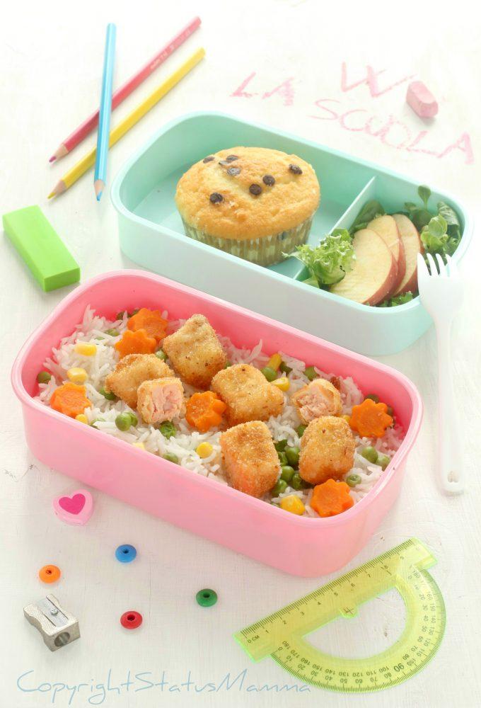 Pranzetto d'asporto per la scuola dal primo al dolcetto