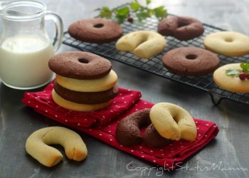 DOLCI della BEFANA raccolta Biscotti e Dolcini BISCOTTO FROLLINO con impasto alla panna con e senza cacao