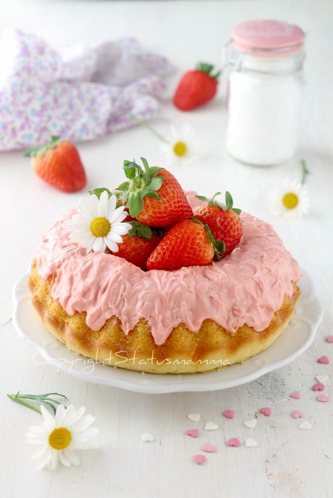 CIAMBELLA ALLA PANNA con cioccolato rosa
