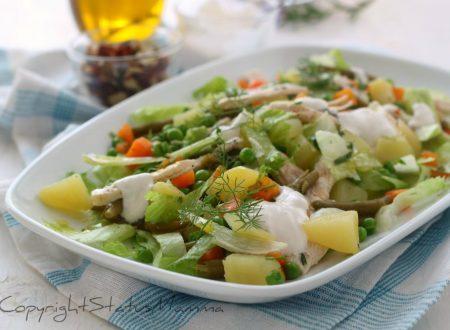 INSALATA LIGHT DI POLLO con patate e verdure